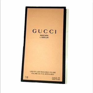 Gucci deluxe sample mascara